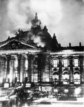 800px-Reichstagsbrand
