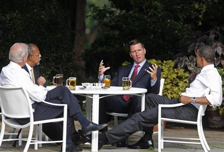 President Obama sits down for beer with Harvard scholar Gates, police Sergeant Crowley and Vice President Biden in Rose Garden