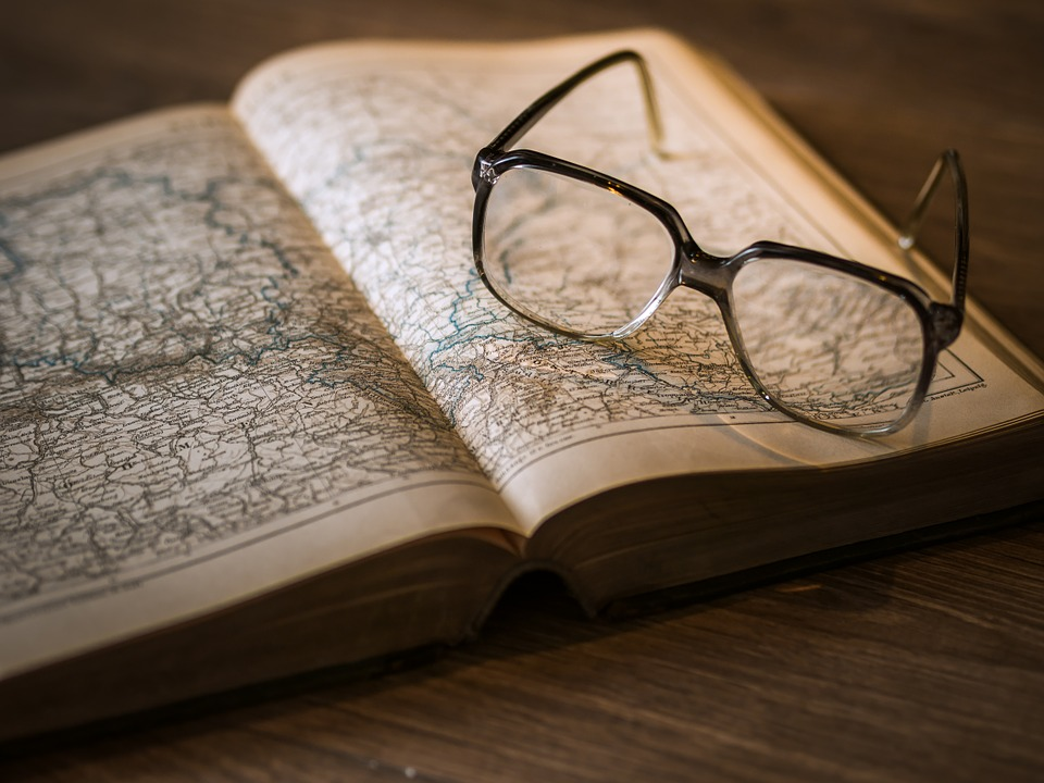map_glasses